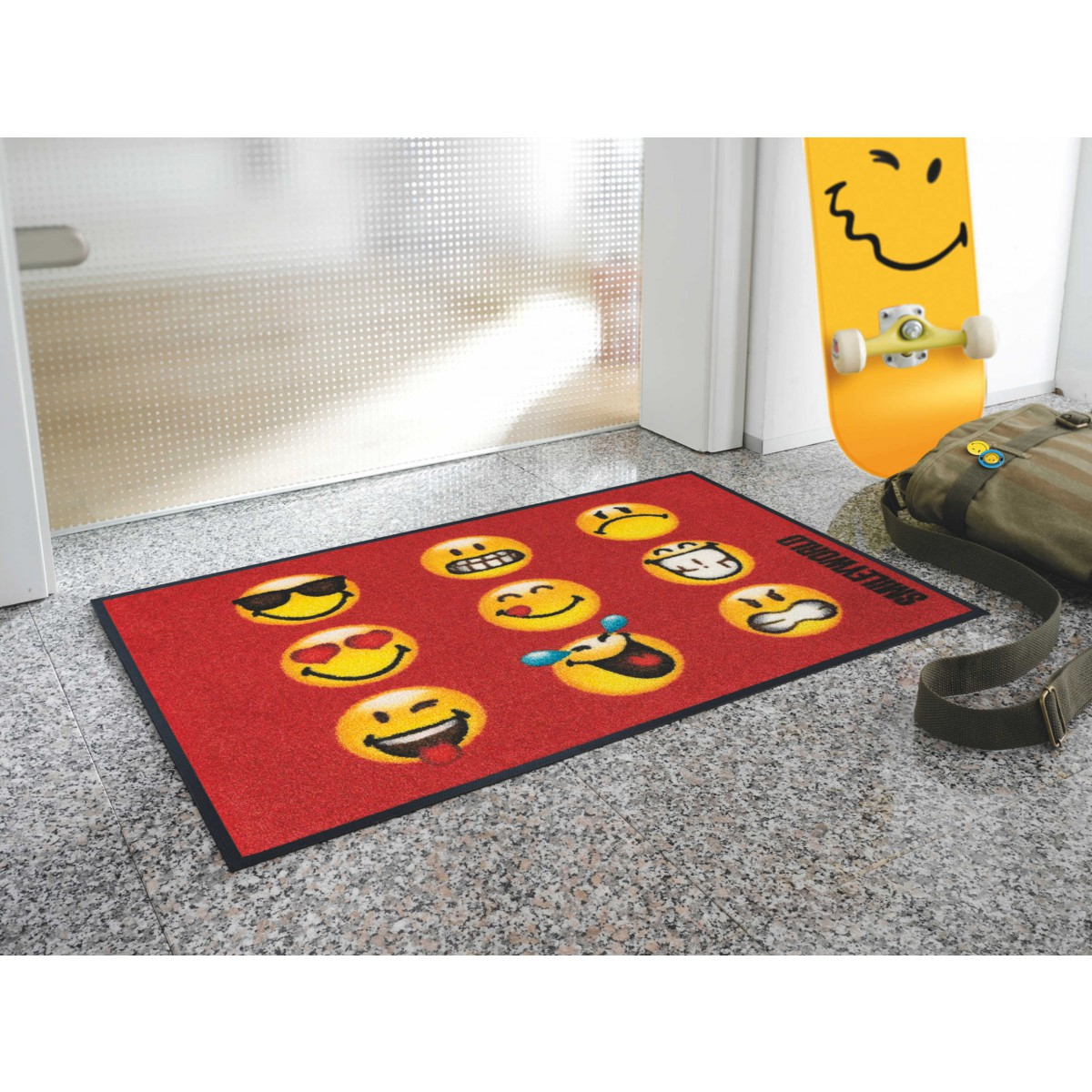 Wash dry teppich kinderzimmer smiley faces kaufen mattenkiste - Teppich wash and dry ...